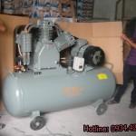 Máy nén khí làm lốp ô tô chính hãng
