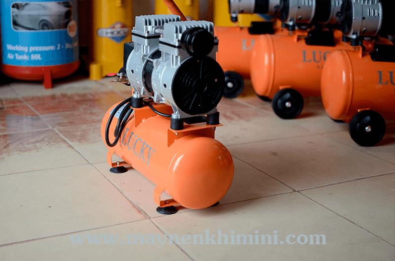 máy nén khí không dầu 9 lít