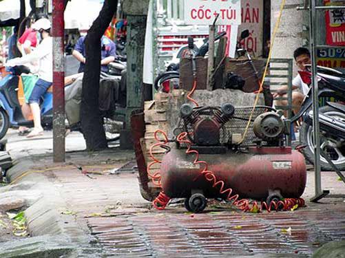 Bán máy bơm hơi cũ hay bán quả bom nổ chậm