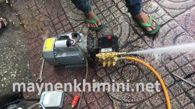 chế máy rửa xe từ máy bơm nước